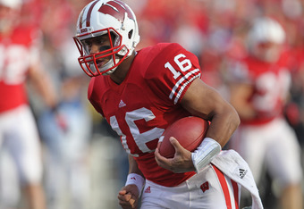 MADISON, WI - NOVEMBER 05:  Russell Wilson #16 of the Wisconsin Badgers runs for a touchdown against the Purdue Boilermakers at Camp Randall Stadium on November 5, 2011 in Madison Wisconsin. Wisconsin defeated Purdue 62-17.  (Photo by Jonathan Daniel/Gett