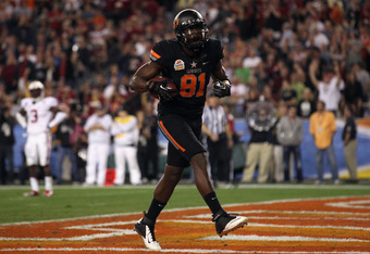 GLENDALE, AZ - JANUARY 02:  Justin Blackmon #81 of the Oklahoma State Cowboys celebrates after he caught a 17-yard touchdown reception in the fourth quarter against the Stanford Cardinal during the Tostitos Fiesta Bowl on January 2, 2012 at University of