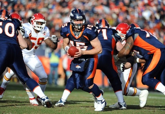 DENVER, CO - JANUARY 1: Tim Tebow #15 of the Denver Broncos looks to hand off the ball during the game aginst the Kansas City Chiefs at Sports Authority Field at Mile High on January 1, 2012 in Denver, Colorado.  (Photo by Garrett W. Ellwood/Getty Images)