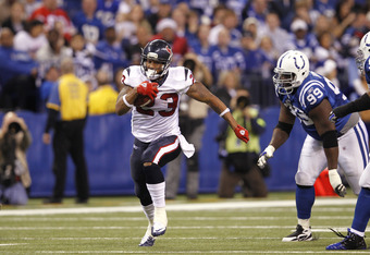INDIANAPOLIS, IN - DECEMBER 22: Arian Foster #23 of the Houston Texans runs the ball against the Indianapolis Colts at Lucas Oil Stadium on December 22, 2011 in Indianapolis, Indiana. The Colts defeated the Texans 19-16. (Photo by Joe Robbins/Getty Images