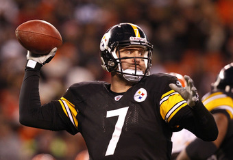 CLEVELAND, OH - JANUARY 01: Quarterback Ben Roethlisberger #7 of the Pittsburgh Steelers throws to a receiver against the Cleveland Browns at Cleveland Browns Stadium on January 1, 2012 in Cleveland, Ohio. (Photo by Matt Sullivan/Getty Images)