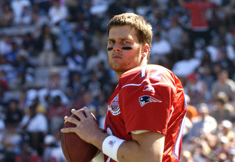 New England Patriots quarterback Tom Brady competes in  the 2005 Pro Bowl game at Aloha Stadium, Honolulu February 13, 2005.  (Photo by Al Messerschmidt/Getty Images)
