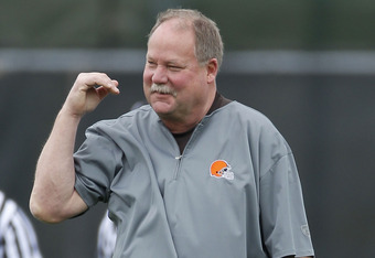BEREA, OH - MAY 01:  Team president Mike Holmgren of the Cleveland Browns looks on during rookie mini camp at the Cleveland Browns Training and Administrative Complex on May 1, 2010 in Berea, Ohio.  (Photo by Gregory Shamus/Getty Images)