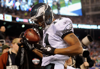 EAST RUTHERFORD, NJ - NOVEMBER 20:  Steve Smith #11 of the Philadelphia Eagles celebrates after he scored a 14-yard touchdown catch in the second quarter against the New York Giants at MetLife Stadium on November 20, 2011 in East Rutherford, New Jersey.