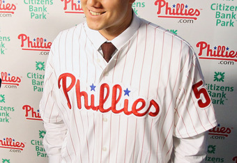 PHILADELPHIA, PA - NOVEMBER 14:  Jonathan Papelbon of the Philadelphia Phillies talks to the media as he discusses his four-year, $50,000,058 contract, at Citizens Bank Park on November 14, 2011 in Philadelphia, Pennsylvania.  (Photo by Len Redkoles/Getty