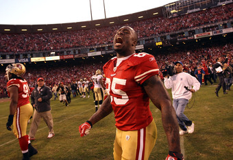 SAN FRANCISCO, CA - JANUARY 14:  Vernon Davis #85 of the San Francisco 49ers celebrates after they beat the New Orleans Saints in the NFC Divisional playoff game at Candlestick Park on January 14, 2012 in San Francisco, California.  (Photo by Ezra Shaw/Ge