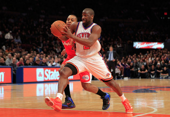 NEW YORK, NY - FEBRUARY 09:  Raymond Felton #2 of the New York Knicks drives against Randy Foye #4 of the Los Angeles Clippers at Madison Square Garden on February 9, 2011 in New York City. NOTE TO USER: User expressly acknowledges and agrees that, by dow