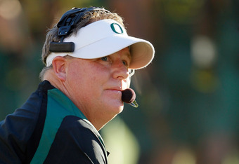 PASADENA, CA - JANUARY 02:  Head coach Chip Kelly of the Oregon Ducks calls out in the second quarter while taking on the Wisconsin Badgers at the 98th Rose Bowl Game on January 2, 2012 in Pasadena, California.  (Photo by Jeff Gross/Getty Images)