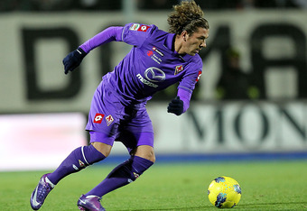 SIENA, ITALY - DECEMBER 20:  Alessio Cerci of ACF Fiorentina in action during the Serie A match between AC Siena and ACF Fiorentina at Artemio Franchi - Mps Arena Stadium on December 20, 2011 in Siena, Italy.  (Photo by Gabriele Maltinti/Getty Images)