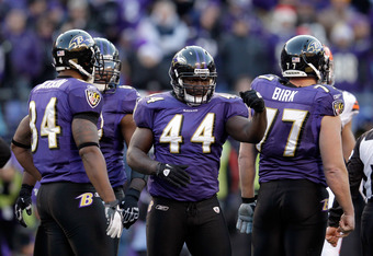 BALTIMORE, MD - DECEMBER 24:  Vonta Leach #44 of the Baltimore Ravens gestures to the crowd during the second half against the Cleveland Browns at M&T Bank Stadium on December 24, 2011 in Baltimore, Maryland.  (Photo by Rob Carr/Getty Images)