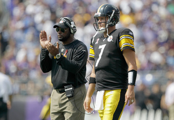BALTIMORE, MD - SEPTEMBER 11:  Head coach Mike Tomlin (L) and quarterback  Ben Roethlisbergerduring the season opener against the Baltimore Ravens at M&T Bank Stadium on September 11, 2011 in Baltimore, Maryland.  (Photo by Rob Carr/Getty Images)