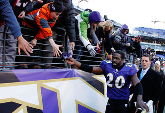 BALTIMORE, MD - JANUARY 15: Ed Reed #20 of the Baltimore Ravens celebrates their 20-13 win over the Houston Texans during the AFC Divisional playoff game at M&T Bank Stadium on January 15, 2012 in Baltimore, Maryland.  (Photo by Rob Carr/Getty Images)