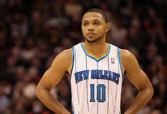Eric Gordon's knee injury will have him sidelined for at least another six weeks.