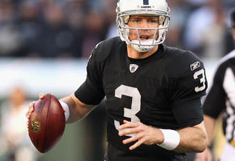 OAKLAND, CA - JANUARY 01:  Carson Palmer #3 of the Oakland Raiders in action against the San Diego Chargers at O.co Coliseum on January 1, 2012 in Oakland, California.  (Photo by Ezra Shaw/Getty Images)