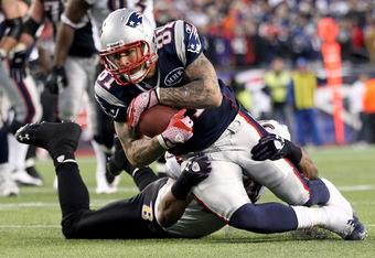 FOXBORO, MA - JANUARY 22:   Aaron Hernandez #81 of the New England Patriots in action against the Baltimore Ravens during their AFC Championship Game at Gillette Stadium on January 22, 2012 in Foxboro, Massachusetts.  (Photo by Jim Rogash/Getty Images)