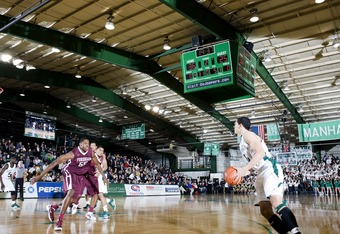 Manhattan and Iona will be playing in front of a sellout crowd on Saturday night.