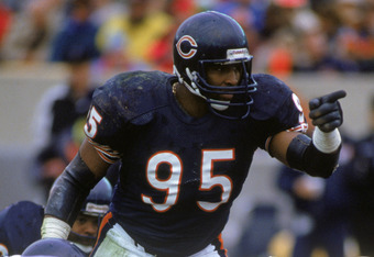 Chicago Bears defensive end Richard Dent had 17 sacks in 1985.