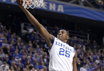 LEXINGTON, KY - FEBRUARY 07:  Marquis Teague #25 of the Kentucky Wildcats shoots the ball during the game against the Florida Gators at Rupp Arena on February 7, 2012 in Lexington, Kentucky.  (Photo by Andy Lyons/Getty Images)