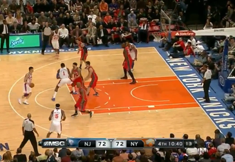 D-Will makes Lin's decision for him by going under Stoudemire's screen.