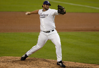 SAN DIEGO, CA - SEPTEMBER 26: Closing pitcher Heath Bell #21 of the San Diego Padres throws the ball during the ninth inning of the game against the Chicago Cubs at Petco Park on September 26, 2011 in San Diego, California. (Photo by Kent C. Horner/Getty