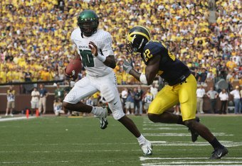 Dixon and the Ducks flew past the Wolverines in 2007.