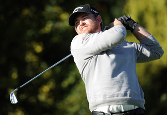 PACIFIC PALISADES, CA - FEBRUARY 16:  J.B. Holmes watches his tee shot on the fourth hole during the first round of the Northern Trust Open at the Riviera Country Club on February 16, 2012 in Pacific Palisades, California.  (Photo by Harry How/Getty Image