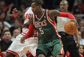 CHICAGO, IL - JANUARY 27:  Stephen Jackson #5 of the Milwaukee Bucks moves against Ronnie Brewer #11 of the Chicago Bulls at the United Center on January 27, 2012 in Chicago, Illinois. The Bulls defeated the Bucks 107-100. NOTE TO USER: User expressly ack