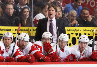 GLENDALE, AZ - JANUARY 19:  Head coach Mike Babcock of the Detroit Red Wings during the NHL game against the Phoenix Coyotes at Jobing.com Arena on January 19, 2011 in Glendale, Arizona.  The Red Wings defeated the Coyotes 3-2 in an overtime shoot out.  (