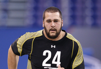 INDIANAPOLIS, IN - FEBRUARY 25: Offensive lineman Matt Kalil of USC runs the 40-yard dash during the 2012 NFL Combine at Lucas Oil Stadium on February 25, 2012 in Indianapolis, Indiana. (Photo by Joe Robbins/Getty Images)