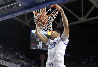 LEXINGTON, KY - JANUARY 21:  Anthony Davis #23 of the Kentucky Wildcats dunks the ball during the game against the Alabama Crimson Tide at Rupp Arena on January 21, 2012 in Lexington, Kentucky.  (Photo by Andy Lyons/Getty Images)