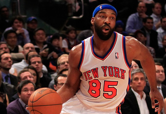 NEW YORK, NY - FEBRUARY 22:  Baron Davis #85 of the New York Knicks drives against the Atlanta Hawks at Madison Square Garden on February 22, 2012 in New York City. NOTE TO USER: User expressly acknowledges and agrees that, by downloading and/or using thi