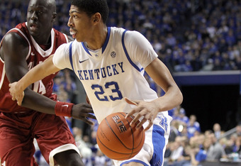 LEXINGTON, KY - JANUARY 21:  Anthony Davis #23 of the Kentucky Wildcats dribbles the ball during the game against the Alabama Crimson Tide at Rupp Arena on January 21, 2012 in Lexington, Kentucky.  (Photo by Andy Lyons/Getty Images)