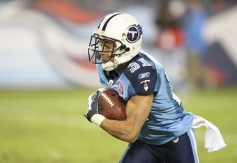 NASHVILLE, TN - NOVEMBER 1:  Cortland Finnegan #31 of the Tennessee Titans returns an interception during the game against the Jacksonville Jaguars at LP Field on November 1, 2009 in Nashville, Tennessee. (Photo by Streeter Lecka/Getty Images)