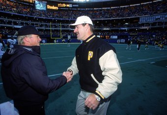 3 Dec 2000:  Head Coach Bill Cowher of the Pittsburgh Steelers shakes hands with Head Coach Jon Gruden of the Oakland Raiders at the Three Rivers Stadium in Pittsburgh, Pennsylvania. The Steelers defeated the Raiders 21-20.Mandatory Credit: Tom Pidgeon  /