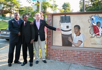 A mural made for Howard Davis Sr. (Photo Courtesy of Fight Time Promotions and KGC Marketing)