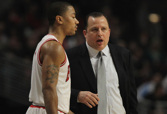 CHICAGO, IL - FEBRUARY 22:  Head coach Tom Thibodeau of the Chicago Bulls gives instructions to Derrick Rose #1 during a game against the Milwaukee Bucks at the United Center on February 22, 2012 in Chicago, Illinois. The Bulls defeated the Bucks 110-91.