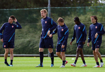 Mertesacker at work
