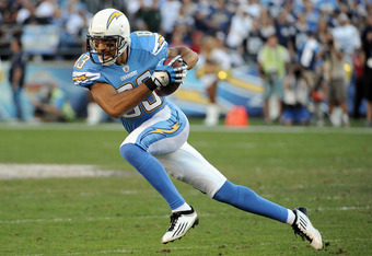 SAN DIEGO, CA - NOVEMBER 27:   Vincent Jackson #83 of the San Diego Chargers turns up field after his catch against the Denver Broncos at Qualcomm Stadium on November 27, 2011 in San Diego, California. The Broncos went on to win 16-13.   (Photo by Harry H