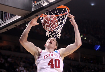 PORTLAND, OR - MARCH 15:  Cody Zeller #40 of the Indiana Hoosiers dunks the ball in the first half against New Mexico State Aggies in the second round of the 2012 NCAA men's basketball tournament at Rose Garden Arena on March 15, 2012 in Portland, Oregon.