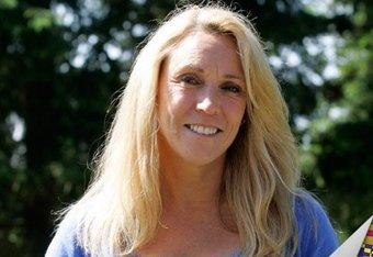 Mary Decker (Slaney) still lives near Eugene with husband Richard Slaney.