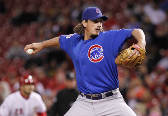 CINCINNATI, OH - SEPTEMBER 15: Jeff Samardzija #29 of the Chicago Cubs pitches during the game against the Cincinnati Reds at Great American Ball Park on September 15, 2011 in Cincinnati, Ohio. (Photo by Joe Robbins/Getty Images)