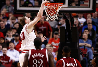 PORTLAND, OR - MARCH 15:  Cody Zeller #40 of the Indiana Hoosiers dunks the ball in the first half against the New Mexico State Aggies in the second round of the 2012 NCAA men's basketball tournament at Rose Garden Arena on March 15, 2012 in Portland, Ore