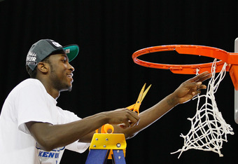 ATLANTA, GA - MARCH 25:  Michael Kidd-Gilchrist #14 of the Kentucky Wildcats celebrates by cutting the net after their 82 to 70 win over the Baylor Bears during the 2012 NCAA Men's Basketball South Regional Final at the Georgia Dome on March 25, 2012 in A