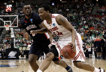 PITTSBURGH, PA - MARCH 17:  William Buford #44 of the Ohio State Buckeyes drives against Gary Bell, Jr. #5 of the Gonzaga Bulldogs during the third round of the 2012 NCAA Men's Basketball Tournament at Consol Energy Center on March 17, 2012 in Pittsburgh,
