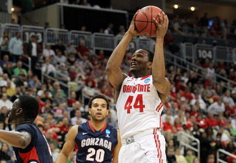 PITTSBURGH, PA - MARCH 17:  William Buford #44 of the Ohio State Buckeyes drives for a shot attempt in the first half against the Gonzaga Bulldogs during the third round of the 2012 NCAA Men's Basketball Tournament at Consol Energy Center on March 17, 201