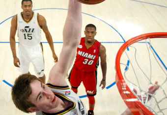 ORLANDO, FL - FEBRUARY 24:  Gordon Hayward #20 of the Utah Jazz and Team Chuck attempts a shot during the BBVA Rising Stars Challenge part of the 2012 NBA All-Star Weekend at Amway Center on February 24, 2012 in Orlando, Florida.  NOTE TO USER: User expre
