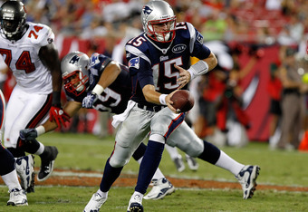 TAMPA, FL - AUGUST 18:  Quarterback Ryan Mallett #15 of the New England Patriots hands the ball off against the Tampa Bay Buccaneers during a preseason game at Raymond James Stadium on August 18, 2011 in Tampa, Florida.  (Photo by J. Meric/Getty Images)