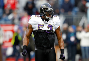 FOXBORO, MA - JANUARY 22:  Ray Lewis #52 of the Baltimore Ravens warms up prior to their AFC Championship Game against the New England Patriots at Gillette Stadium on January 22, 2012 in Foxboro, Massachusetts.  (Photo by Rob Carr/Getty Images)