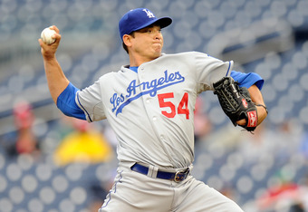 WASHINGTON, DC - SEPTEMBER 08:  Javy Guerra #54 of the Los Angeles Dodgers pitches against the Washington Nationals at Nationals Park on September 8, 2011 in Washington, DC.  (Photo by Greg Fiume/Getty Images)