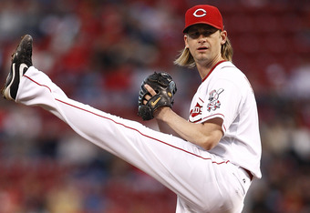 CINCINNATI, OH - SEPTEMBER 16:  Bronson Arroyo #61 of the Cincinnati Reds delvers a pitch during the game against the Milwaukee Brewers on September 16, 2011 at Great American Ball Park in Cincinnati, Ohio.  (Photo by John Grieshop/Getty Images)